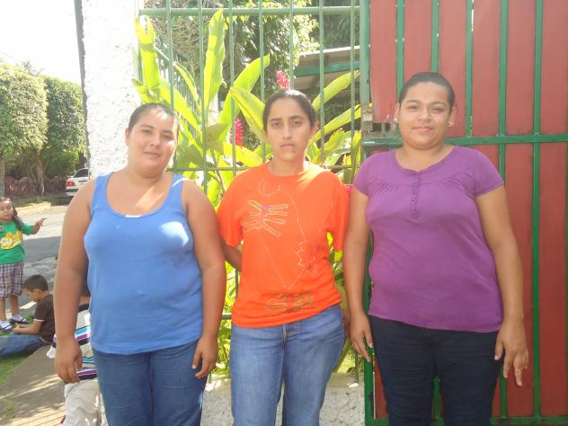Las Tres Reynas Group
