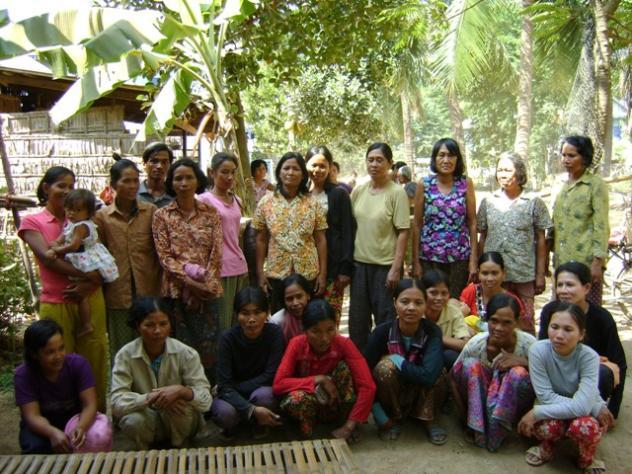 Mrs. Nhaeth Vann Village Bank Group