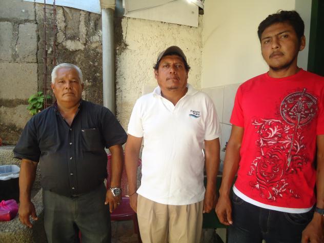 Los Tres Lirios Group