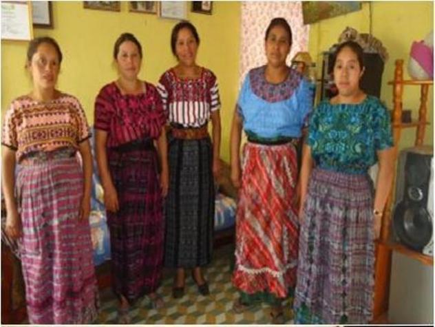 Mujeres Coloniales Group